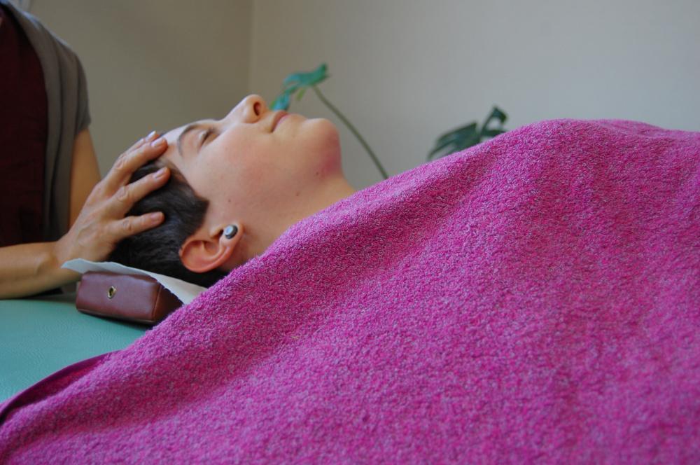 クラニアルセラピー(頭蓋骨矯正)のセミナーを開催しています。